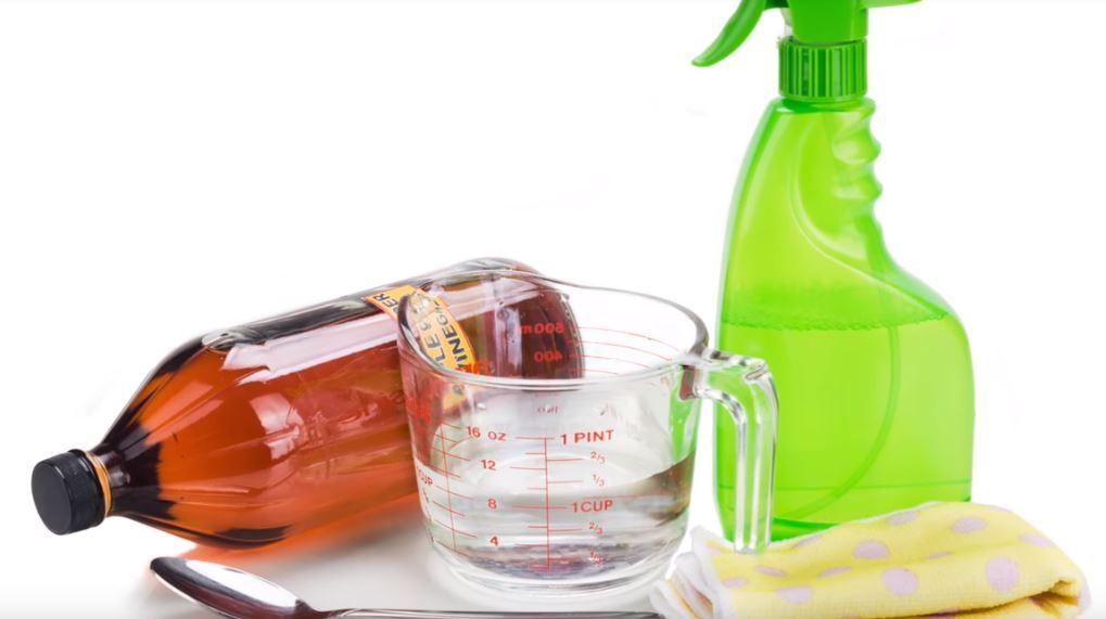 Diese 4 Dinge Solltest Du Auf Keinen Fall Mit Essig Reinigen