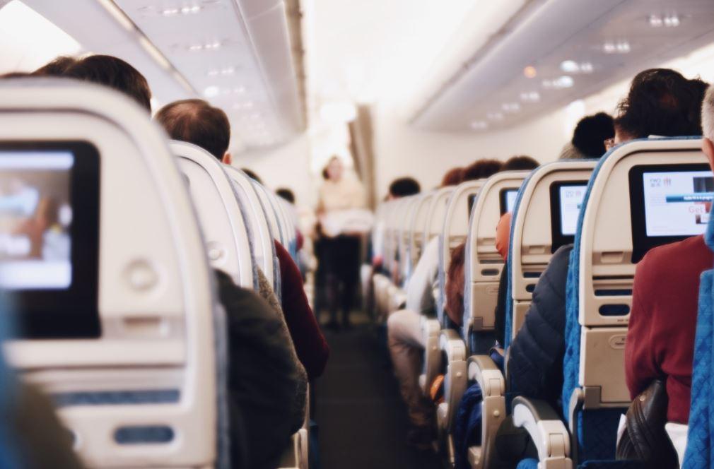 vor oder während einer langen Flugreise